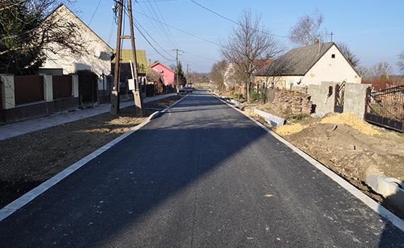 útépítés