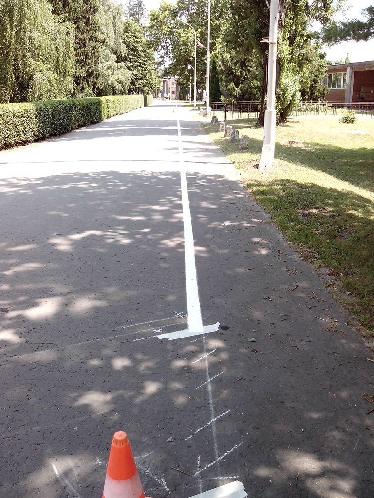 Gyalogosközlekedést elhatároló vonal