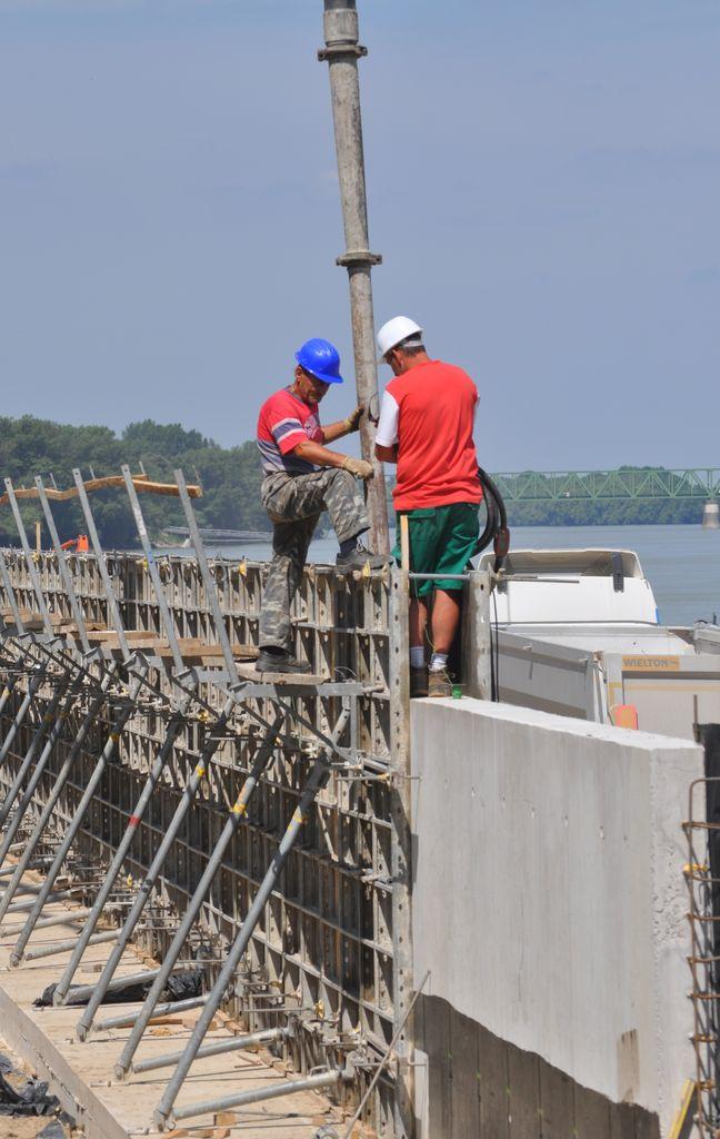 Támfal betonzása