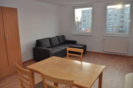 G lakás - lakószoba